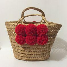 pom+pom+straw+bag+vintage+purse+with+pom+poms+by+thegoodwillowshop