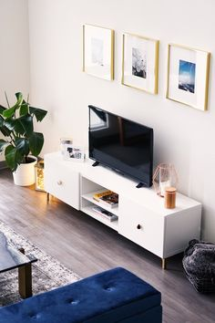 THE EASIEST IKEA FURNITURE HACK | www.parmidakiani.com Ikea furniture hack, Ikea tv stand, Los Angeles loft, tv console, Ikea diy, affordable, living room, cb2, cozy modern, marble coffee table, home decor,