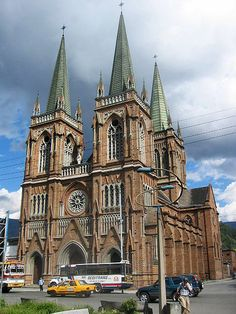 Medellin, Colombia It exactly like the main church in Saigon, HoChiMinh city now. Wonderful Places, Beautiful Places, Beautiful Flowers, Columbia South America, North America, Latin Travel, Places Around The World, Around The Worlds, Cathedral Church