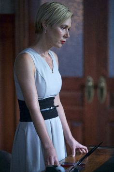 Still of Liza Weil in How to Get Away with Murder (2014)