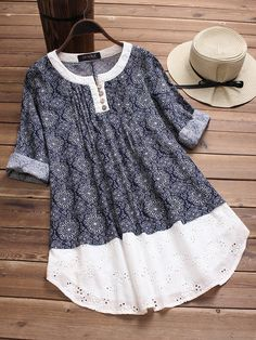 Embroidery Hollow Print Patchwork Blouses We share the most beautiful and new dress patterns for you Kurta Designs, Blouse Designs, Women's Fashion Dresses, Women's Dresses, Bluse Outfit, Diy Clothes, Clothes For Women, Ladies Clothes, Folk Fashion