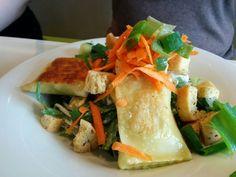 Cesar's Salat mit Maultaschen
