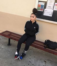 Image in Dope Outfits collection by swaavvyy. Boujee Outfits, Cute Swag Outfits, Teenage Outfits, Cute Outfits For School, Tomboy Outfits, Chill Outfits, Teen Fashion Outfits, Club Outfits, Dope Outfits
