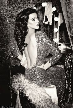 Katy Perry has a VERY good hair day as she channels old Hollywood glamour for new ghd campaign Ellen Von Unwerth, Glamour Hollywoodien, Old Hollywood Glamour, Fashion Glamour, Hollywood Style, Classic Hollywood, Divas, Pretty People, Beautiful People