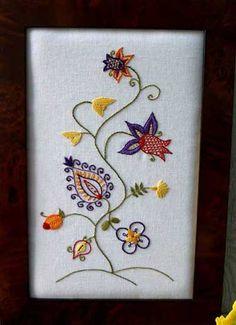 """""""Vigaroso Albero"""" (Lively Tree) - Tippard Tapestries cotton crewelwork kit."""