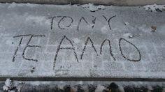 Copyright para un Te Amo nevado © – EL IDÍLICO EXISTENCIALISTA – : http://tonycanterosuarez.com/2014/12/31/copyright-para-un-te-amo-nevado/ vía @TonyCantero