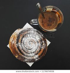 Cocoa snail with coffee