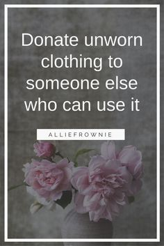 Donate unworn clothing to someone else who can use it Vegan Fashion, Fast Fashion, Ethical Fashion, Sustainable Clothing, Sustainable Fashion, Sustainable Style, Office Fashion, Business Fashion, American Made Clothing