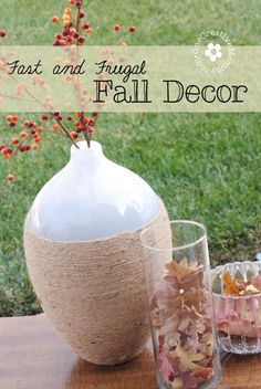 Fast and Frugal Fall Decor {The best part?  It's free!} | OneCreativeMommy.com | #falldecor #frugal #fallleaves