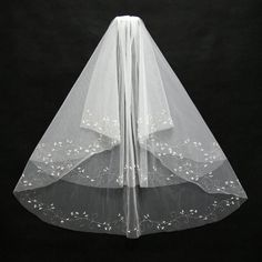 JAEDEN Two Layers Bridal Veils Cut Edge Light Ivory with Beads Floral Vine Decoration Bridal Wedding Accessory V032