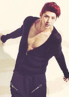 Jung Taek Woon 'Leo' - VIXX