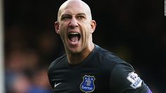 Tim Howard wants to end career at Everton - CNN.com