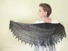 Ravelry: Gothic Ivy shawl pattern by Olga Sukhovalova