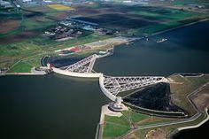 Лучшие инженерные сооружения: Масланткеринг (нидерл.Maeslantkering) или барьер ...