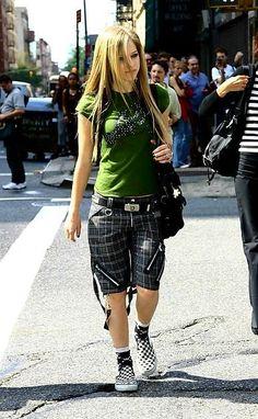 Old school Avril Lavigne ❤️❤️ Avril Lavigne Photos, Avril Lavigne Style, Princesa Punk, Avril Lavingne, Rock Style, My Style, Early 2000s Fashion, Punk Princess, Divas