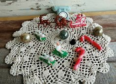 Check out this item in my Etsy shop https://www.etsy.com/listing/494642531/retro-christmas-cake-decorations-vintage