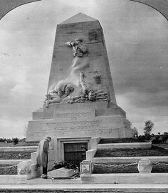 Monument in Steenstrate, Belgium for the victims of the mustard gas attacks in WW1. In 1942 it was blown up by the Germans.