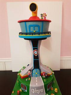 Paw patrol lookout cake paw patrol uitkijktoren taart Paw Patrol Cake, Paw Patrol Party, Paw Patrol Birthday, 3rd Birthday, Birthday Cakes, Birthday Ideas, Paw Patrol Lookout, Character Cakes, Fun To Be One