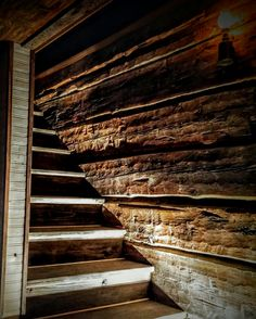 Stairs, Rustic, Home Decor, Country Primitive, Stairway, Decoration Home, Room Decor, Staircases, Retro