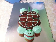 Turtle cupcake cake for a friend's baby shower.
