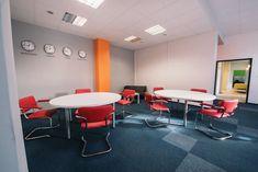 Coworking w ColabSPACE Gliwice jest miejscem stworzonym dla Ciebie, dla Was i społeczności. To nie tylko miejsce pracy, tutaj nawiązuje się wspaniała