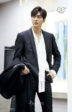 Lee Minho and Jeon Ji Hyun Legend Of The Blue Sea upcoming SBS Korean Drama coming this Jung So Min, Boys Over Flowers, Asian Actors, Korean Actors, Asian Celebrities, Korean Dramas, Lee Joon, Lee Dong Wook, Lee Min Ho Faith