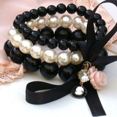 Vintage Inspired Pearls And Black Vintage Beads Cameo Charms Bracelet