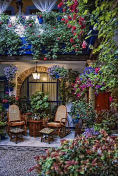 "Cordoba (Andalusia) is famous for its colourful ""patios"" (courtyards). These hidden corners fight every May for being the most beautiful ""patio"" in the city, so the spectacle is a sensorial delight. Outdoor Rooms, Outdoor Gardens, Outdoor Living, Outdoor Decor, Dream Garden, Home And Garden, Blue Garden, Beautiful Gardens, Beautiful Flowers"