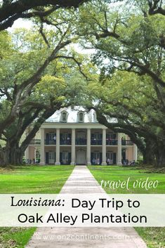 Discover Louisiana history and learn about the life along the Mississippi River. Great weekend getaway to New Orleans. #neworleans #louisiana #usa #oakalleyplantation #plantations #history #daytrip #weekendgetaway #familytrip #explore Louisiana History, Louisiana Usa, Best Places To Travel, Places To See, Porch Supports, Stunning Photography, Travel Videos, Day Tours