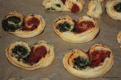 Blätterteigschnecken fürs vegane Italienerherz: gefüllt mit Bolognese- und Spinatkräutercreme