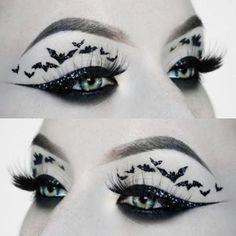 Goth Makeup, Fx Makeup, Dark Makeup, Halloween Looks, Halloween Face Makeup, Halloween Ideas, Pastel Eyeshadow Palette, Goth Model, Horror Makeup