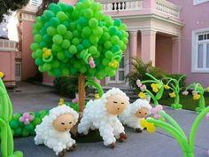 Árbol con ovejitas