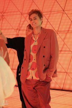 Double Breasted Suit, Suit Jacket, Blazer, Suits, Jackets, Paradise, Fashion, Down Jackets, Moda