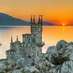 Swallow's Nest Castle,Crimea