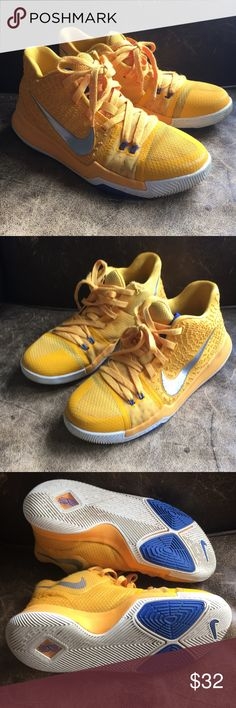 f50cb425175b Kyrie 3 Nike 6.5 Y yellow Basketball Shoes 🏀🏀🏀 Kyrie 3 Nike 6.5 Y