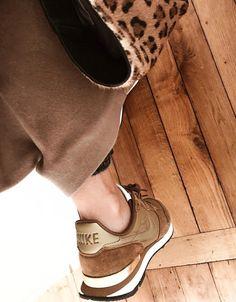 Oui aux sneakers aux couleurs plus gourmandes qu'électriques ! (photo Navy Paris)