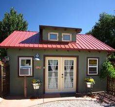 3 Dogs & A Moose Cottages - Creatively Inspired Lodging in Moab, Utah - Cottages, $175 per night