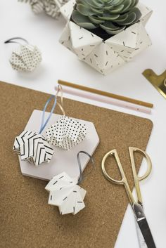 MINI DIAMONDS Scandinavian Style, Origami, Stationery, Diamonds, Gift Wrapping, Place Card Holders, Colours, Mini, Products