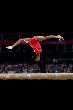New Sport Photography Gymnastics Gabby Douglas Ideas Gymnastics Tricks, Olympic Gymnastics, Gymnastics Girls, Famous Gymnasts, Female Athletes, Women Athletes, Gabby Douglas, Female Gymnast, Sports Wallpapers