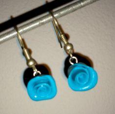 Fimo oorbellen (mini roosjes) Zelf gemaakt!