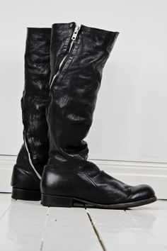 High lamb leather zip boots. OBSCUR