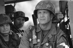 Mel Gibson and Clark Gregg in We Were Soldiers Vietnam History, Vietnam War, Tears Of The Sun, Warrior Movie, Safari, Danny Glover, War Film, Mel Gibson, Paramount Pictures