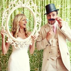 Your shutter-bug envy is about to go up a few notches as is your inspiration overload with these photo booth backdrops! (via SMP)