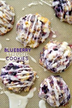 These Blueberry Streusel Cookies are so good you wont know they came from boxed muffin mix! Hearty soft pillows of juicy blueberry goodness theyre simple to make and are great for breakfast too! These Blueberry Streusel Cookies are so good. Delicious Cookie Recipes, Chocolate Cookie Recipes, Cake Mix Recipes, Easy Cookie Recipes, Yummy Cookies, Baking Recipes, Yummy Food, Chocolate Chips, Cinnamon Roll Cookies