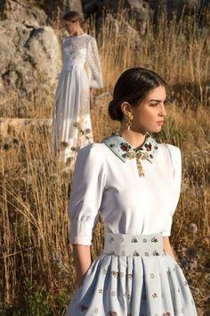 Fashion Week, Fashion 2020, Spring Fashion, High Fashion, Fashion Beauty, Fashion Show, Fashion Trends, Robes Elie Saab, Modest Fashion