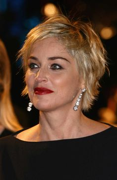 35 Best Short Haircuts For Women Over 50 With Fine Hair - Bebeautylife Short Choppy Haircuts, Short Hairstyles Over 50, Haircuts For Fine Hair, Short Haircut Styles, Sharon Stone Short Hair, Sharon Stone Hairstyles, Short Straight Hair, Short Hair With Layers, Short Hair Cuts For Women Over 50