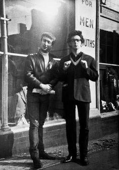 Foto inédita de Lennon y McCartney en 1961.