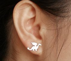 dragon earring studs in sterling silver, handmade in the UK - by HuiyiTan--I have to have these.  They're adorable!!