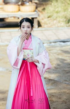 Korean Actresses, Korean Actors, Actors & Actresses, Drama Korea, Korean Drama, Korean Traditional, Traditional Outfits, Traditional Fashion, Movies