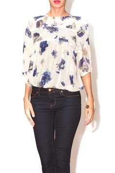 Slightly sheer top with elastic waist and arms. Blue flower print.   Blue Floral Print Top by Sweet Sinammon. Clothing - Tops - Short Sleeve Clothing - Tops - Blouses & Shirts Clothing - Tops - Casual Florida